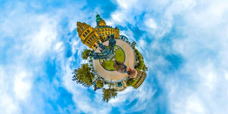 Recklinghausen-Rathaus-TinyPlanet